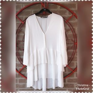 *Zara Contrasting Pleated Blouse Tunic*